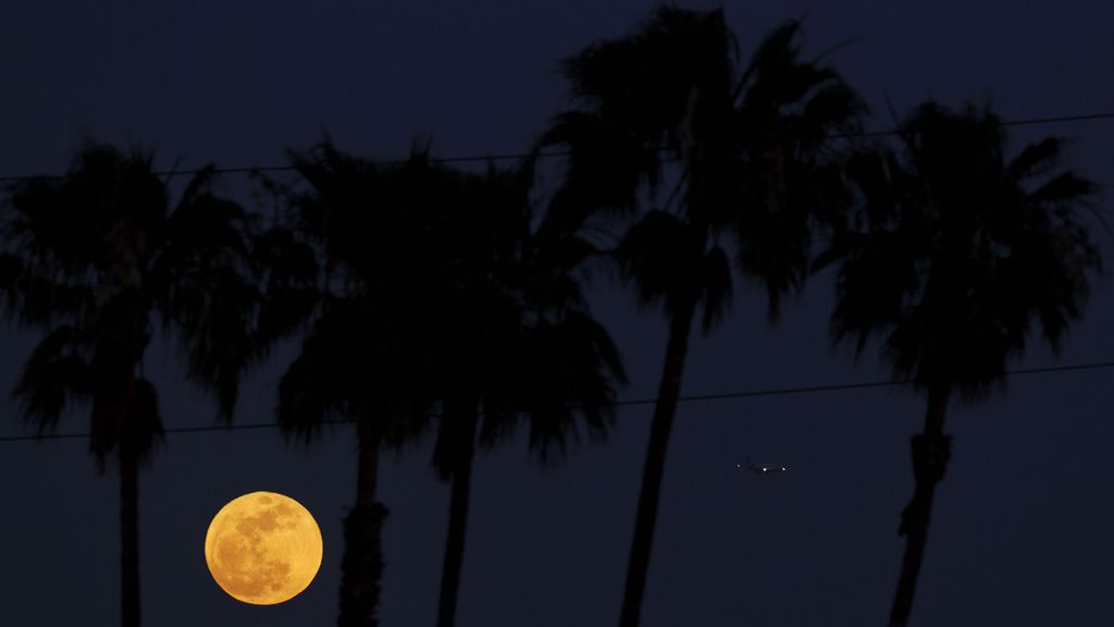 La 'superluna' se come la Tierra