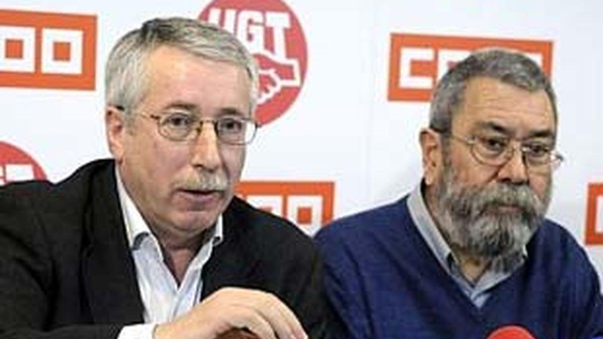 Los secretarios generales de CCOO y UGT, Ignacio Fernández Toxo (izq) y Cándido Méndez. Foto: EFE