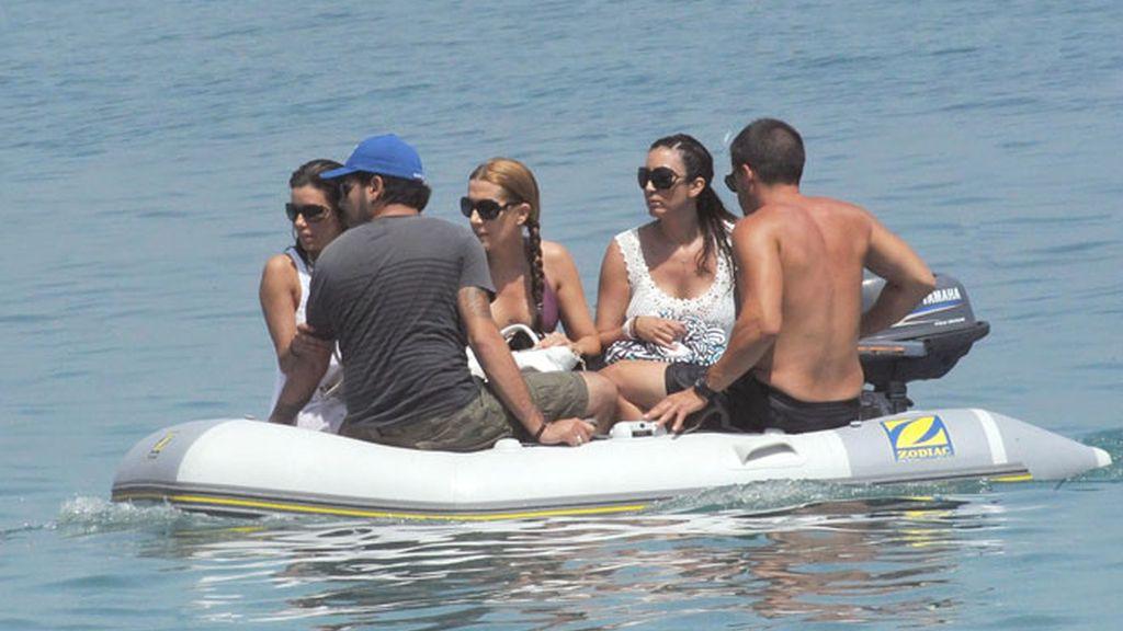 Eduardo Cruz enseña Marbella a Eva Longoria