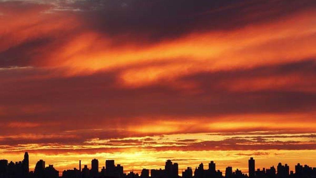 Caída del sol en la ciudad de Nueva York