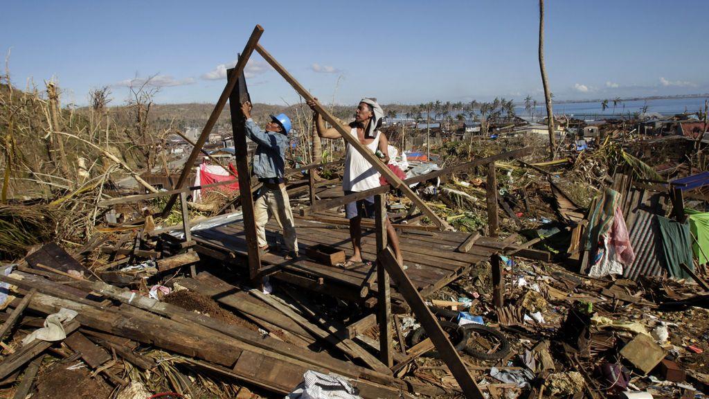Las víctimas por el paso del tifón Pablo por Filipinas podrían llegar a 2.000