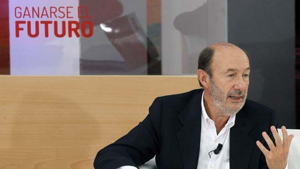 Rubalcaba dice que el PSOE apoyará las movilizaciones contra la Ley Wert