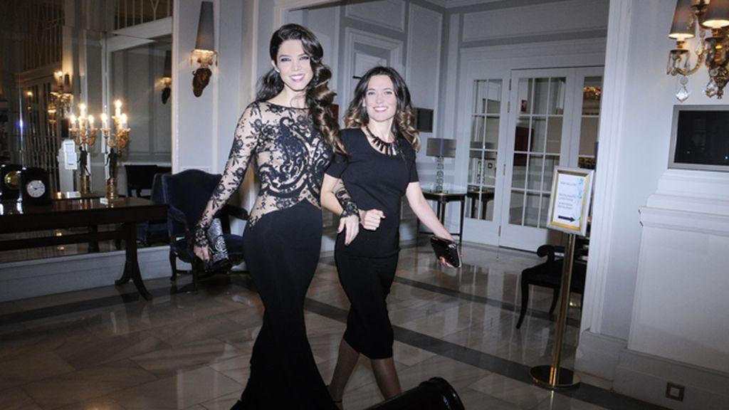 Juana Acosta y Anelys Boza derrochando glamour en el Palace
