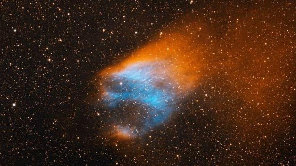 Fotografiado un 'cráneo ardiente' atravesando la Vía Láctea