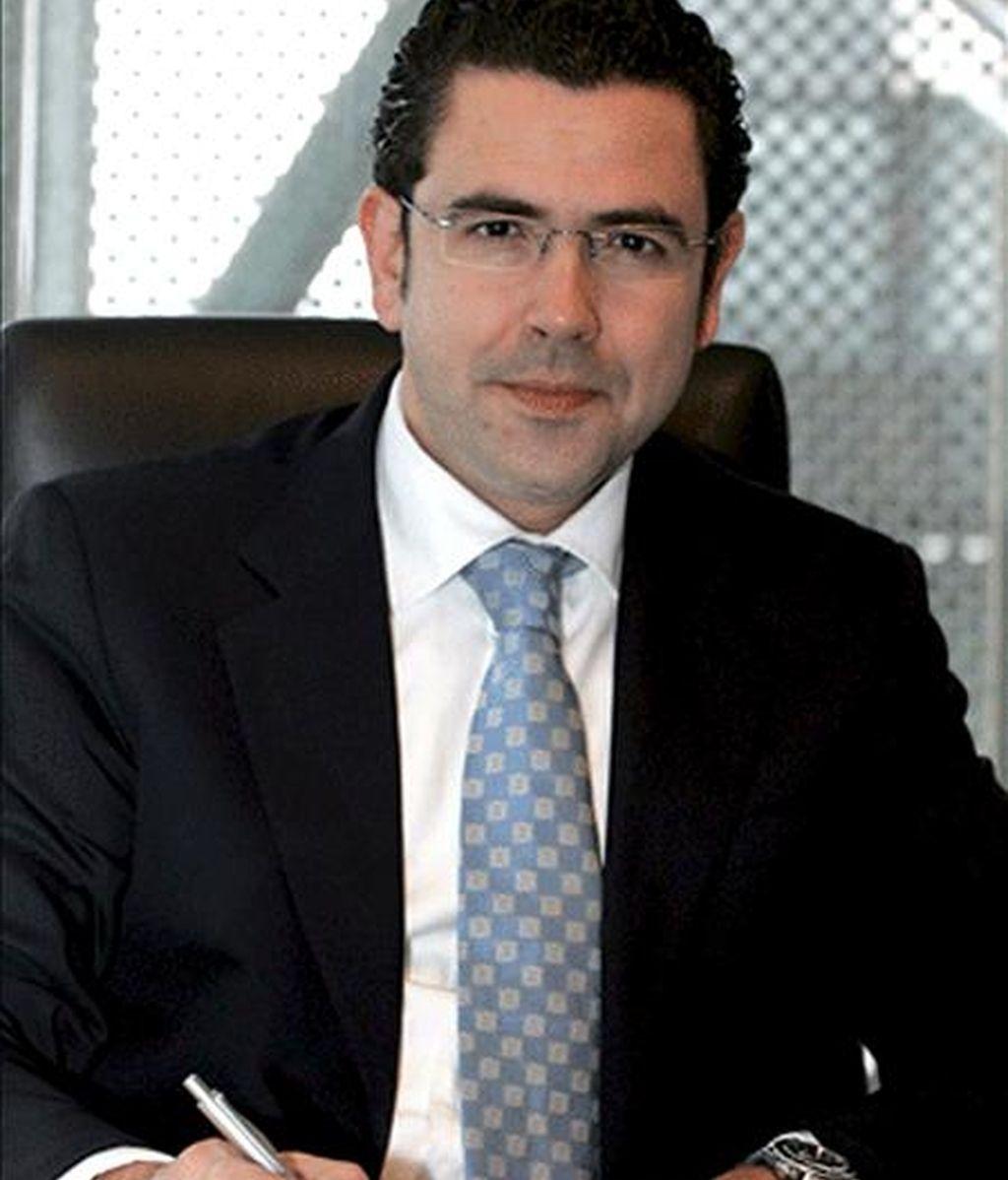 El supuesto instigador del asesinato del director del Centro de Convenciones de Barcelona, Félix Martínez Touriño (en la imagen), pagó cerca de 18.000 euros para que un sicario matara a su jefe, cuando éste descubrió que su empleado se enriquecía ilegalmente a costa de la empresa pese a su alta remuneración. EFE/Archivo