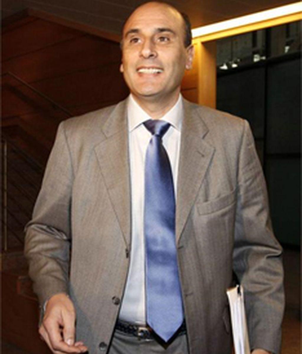 Dimite el responsable de seguridad de Aguirre, implicado en el espionaje a altos cargos del PP