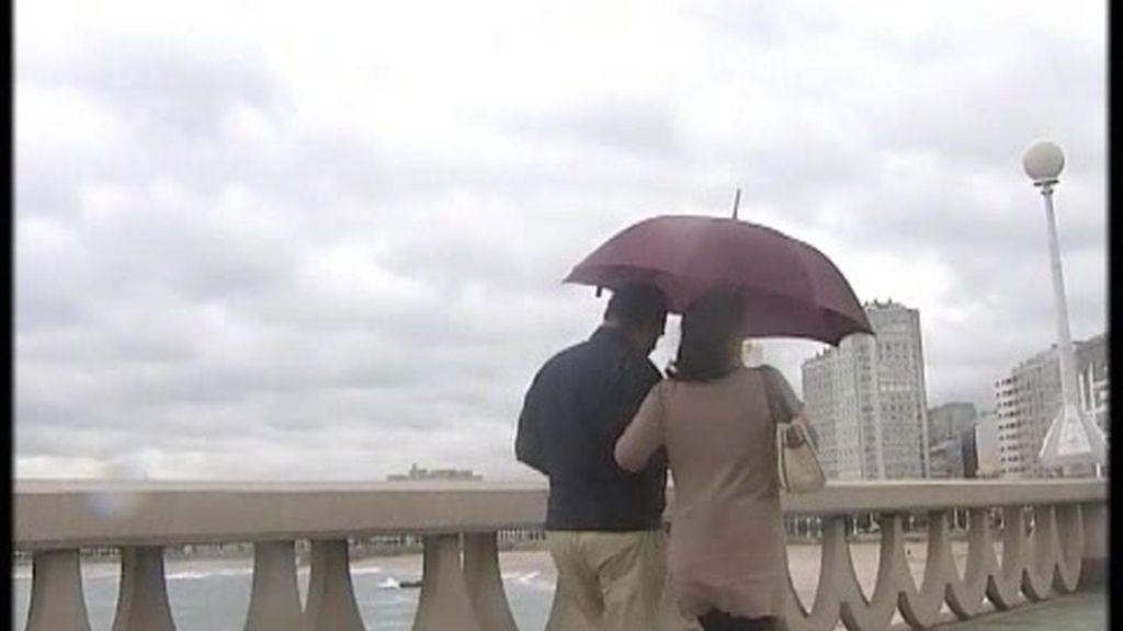 Alerta en el Cantábrico por lluvia y viento