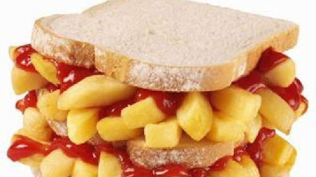 El chip butty de los ingleses, con patatas of course