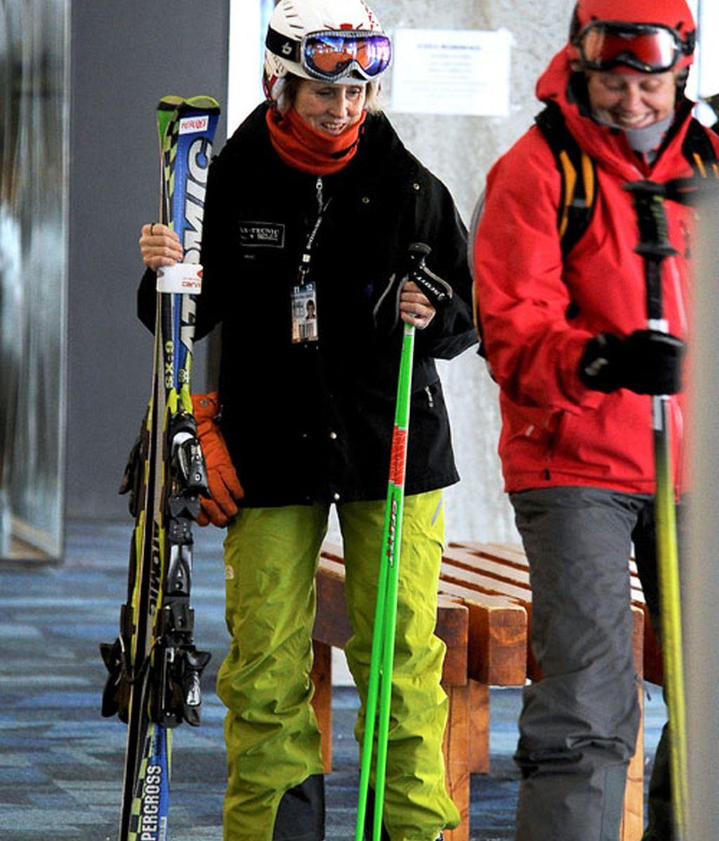 Mercedes Mila se va a esquiar, pero sigue sin mostrarnos a su novio