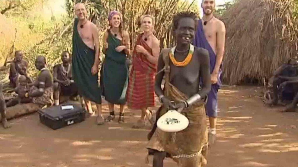Los Navarro enseñan a los Suri a jugar a las palas