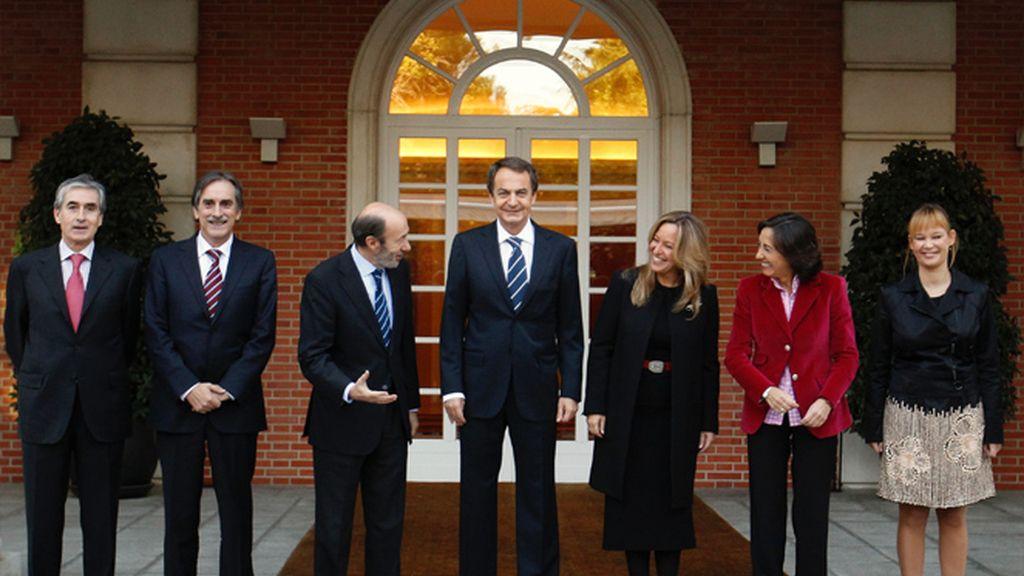 Zapatero y sus nuevos ministros