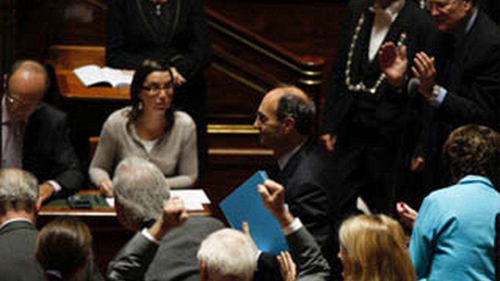 El Senado francés aprueba la reforma de las pensiones