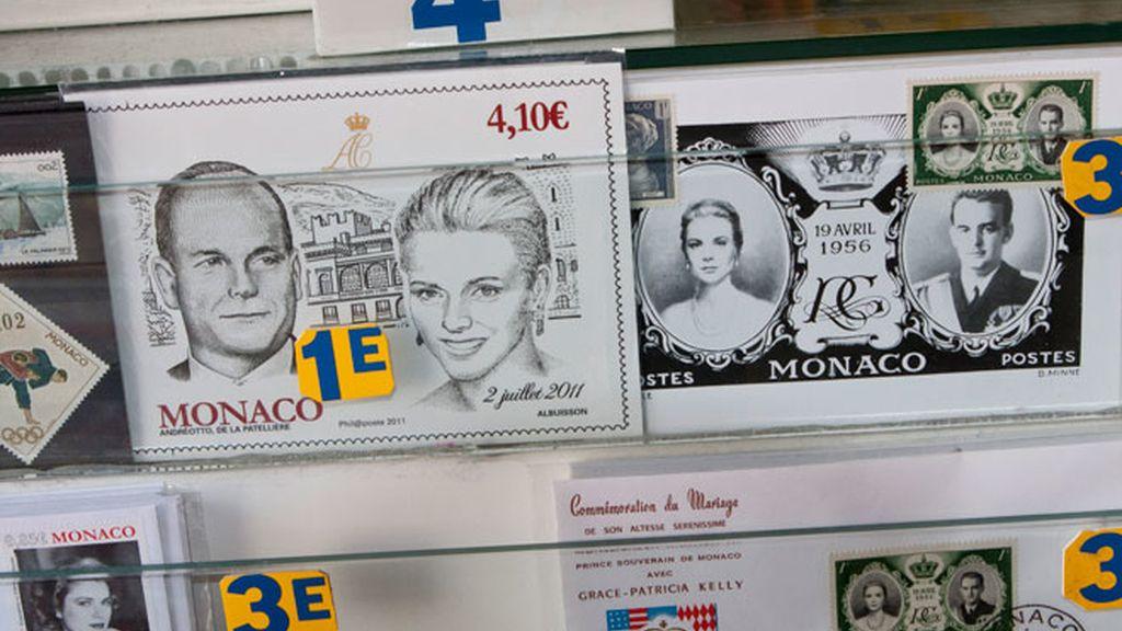 Los souvenirs con motivo del enlace entre Alberto de Mónaco y Charlene Wittstock