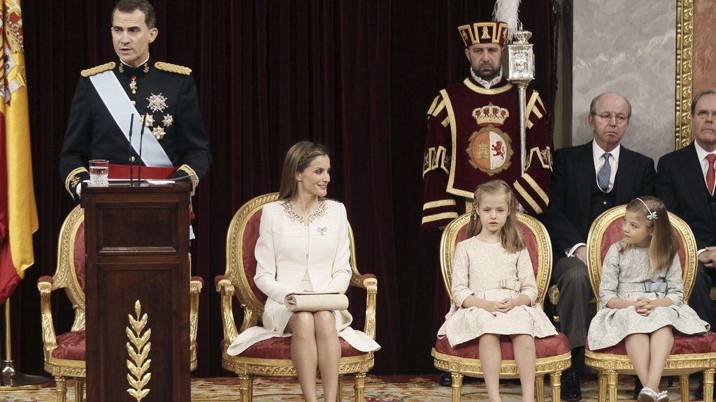 El rey Felipe VI pronuncia el primer discurso de su reinado