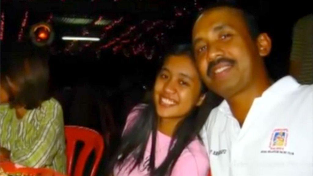 """La hija del piloto del MH370: """"Mi padre estaba perdido y perturbado"""""""