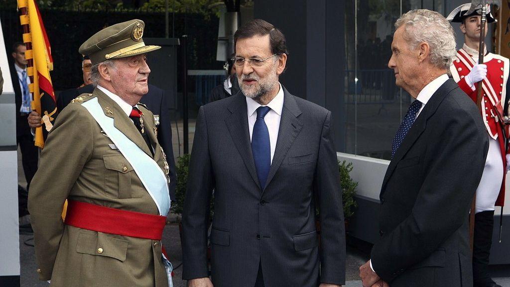El primer desfile para Rajoy como presidente