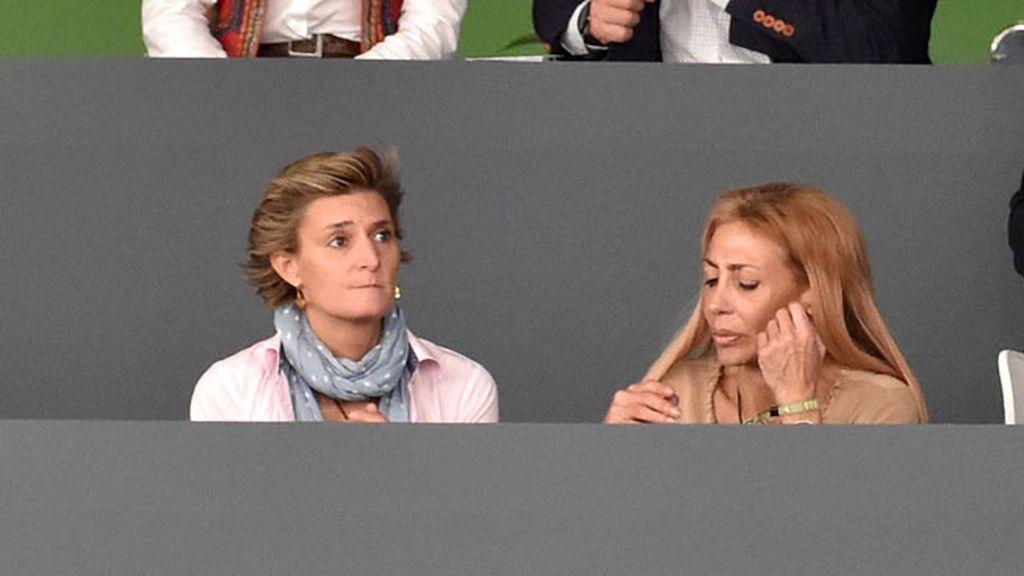 María Zurita, también entre el público del Recinto Ferial