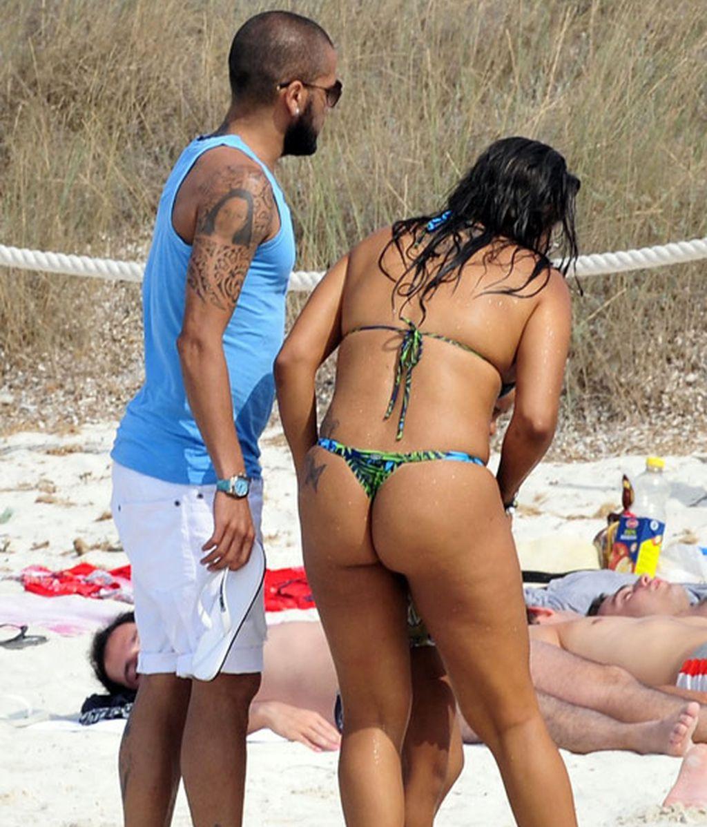 Dani Alves, vacaciones con retraso