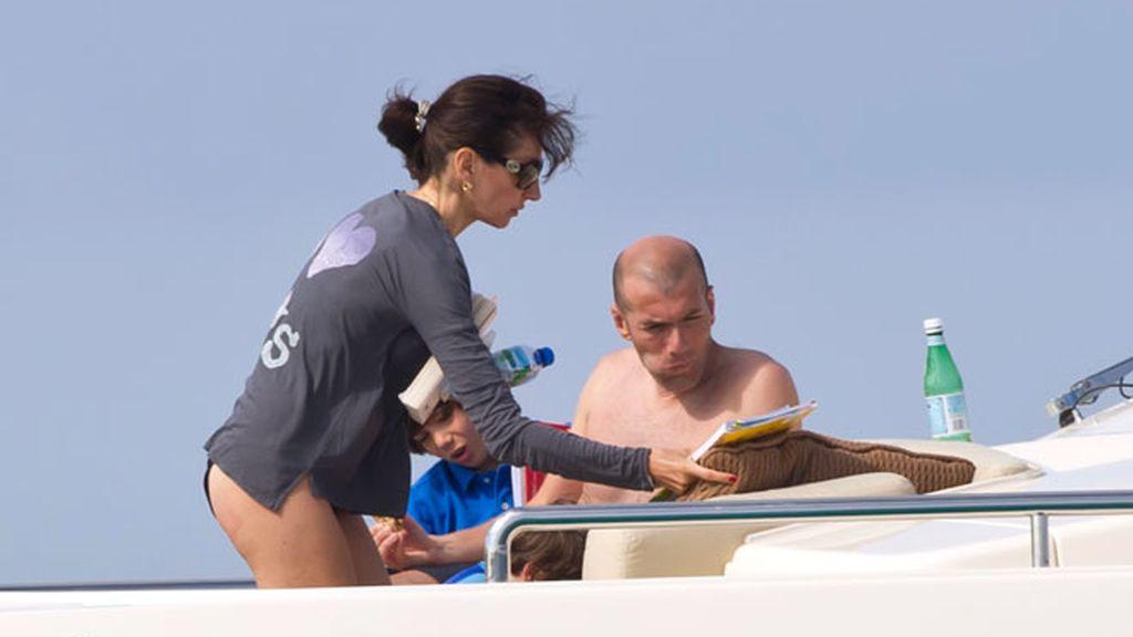 Figo y Zidane, vacaciones ibicencas