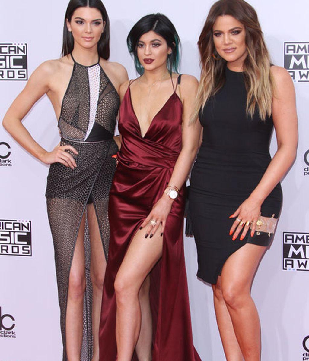 Kendall Jenner, Kylie Jenner y Khloe Kardashian, las hermanas posaron juntas