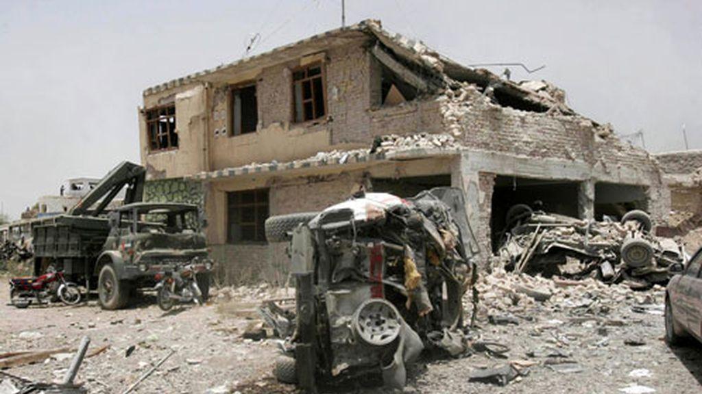 Estado en que quedó la principal cárcel de Kandahar, tras el ataque talibán. De la prisión huyeron 900 presos, 350 de ellos son insurgentes.