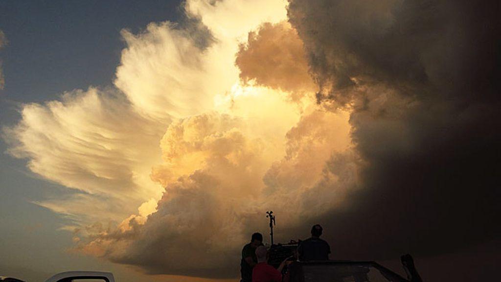 El desafío de grabar un tornado desde dentro