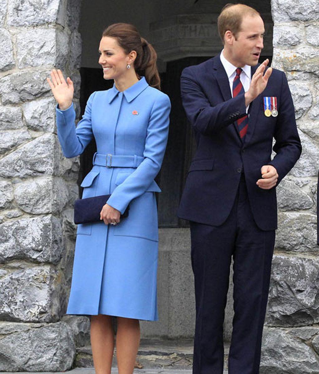 También ha lucido de Alexander McQueen con este azul celeste