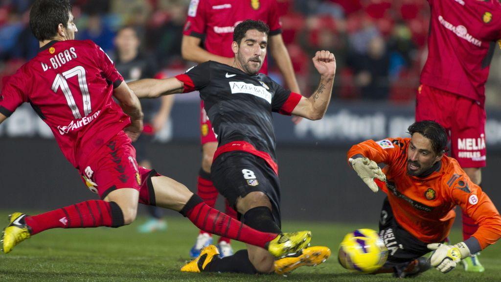 El Mallorca se enfrenta al Atlético de Madrid en el estadio Iberostar. Foto: EFE
