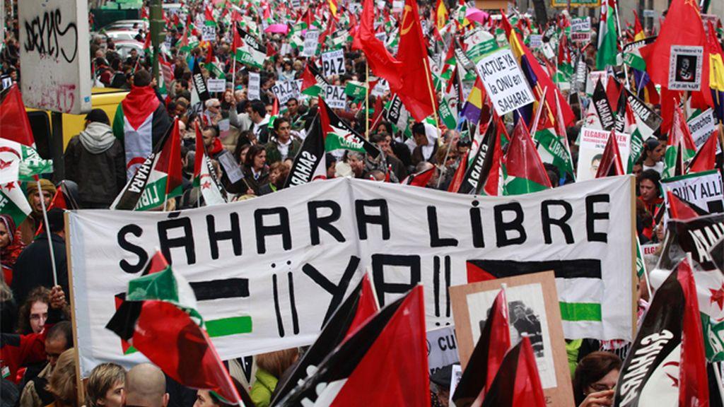 Miles de personas se manifiestan en Madrid a favor del pueblo saharaui
