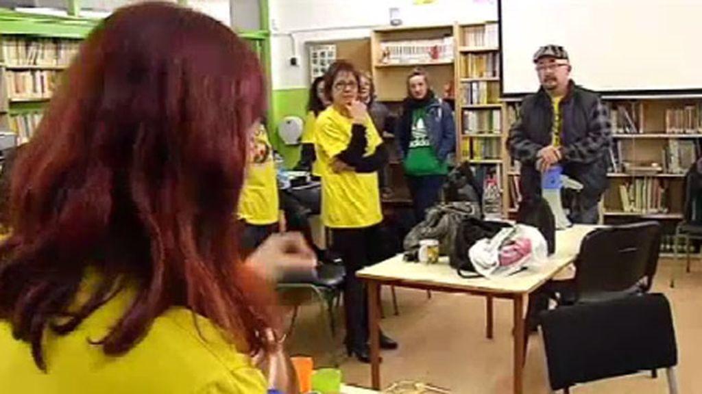 Encerrados por los recortes educativos en Cataluña