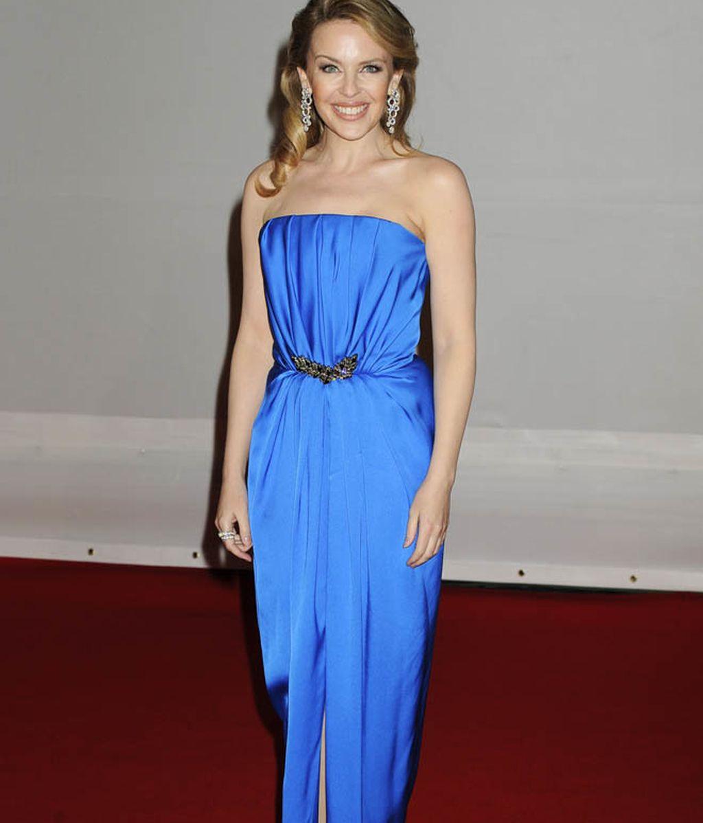 Adele, Kylie Minogue y Rihanna impresionan en los Brit Awards