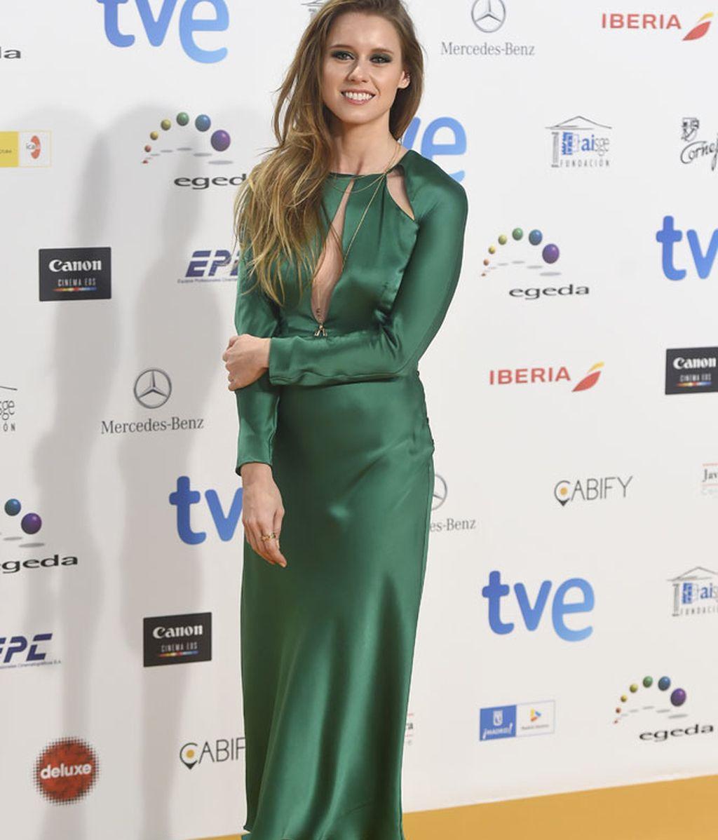 Manuela Vellés con vestido de Pedro del Hierro