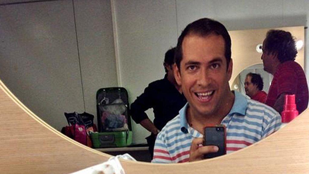 El Langui se hace un selfie listo para dar vida Vicente Leal