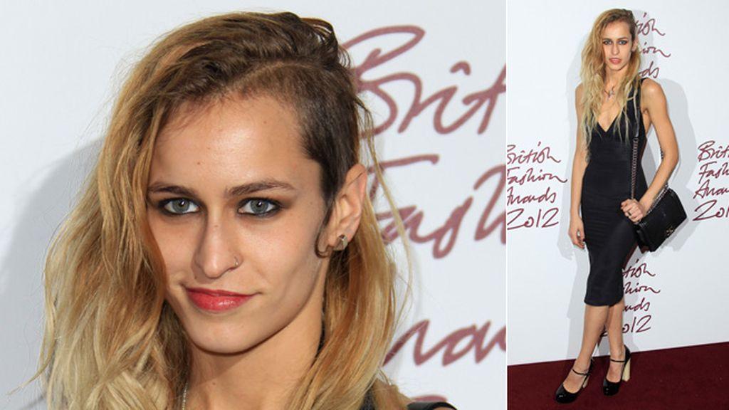 La ex de Pierre Cashiraghi, Alice Dellal, es una modelo que rompe los moldes