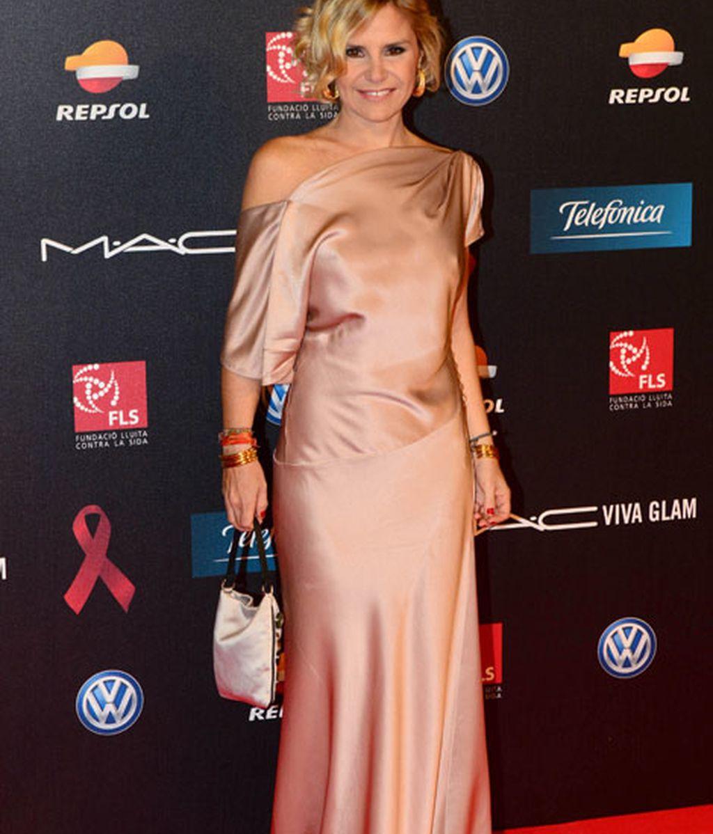 Eugenia Martínez de Irujo llevó un elegante vestido en tono 'nude'