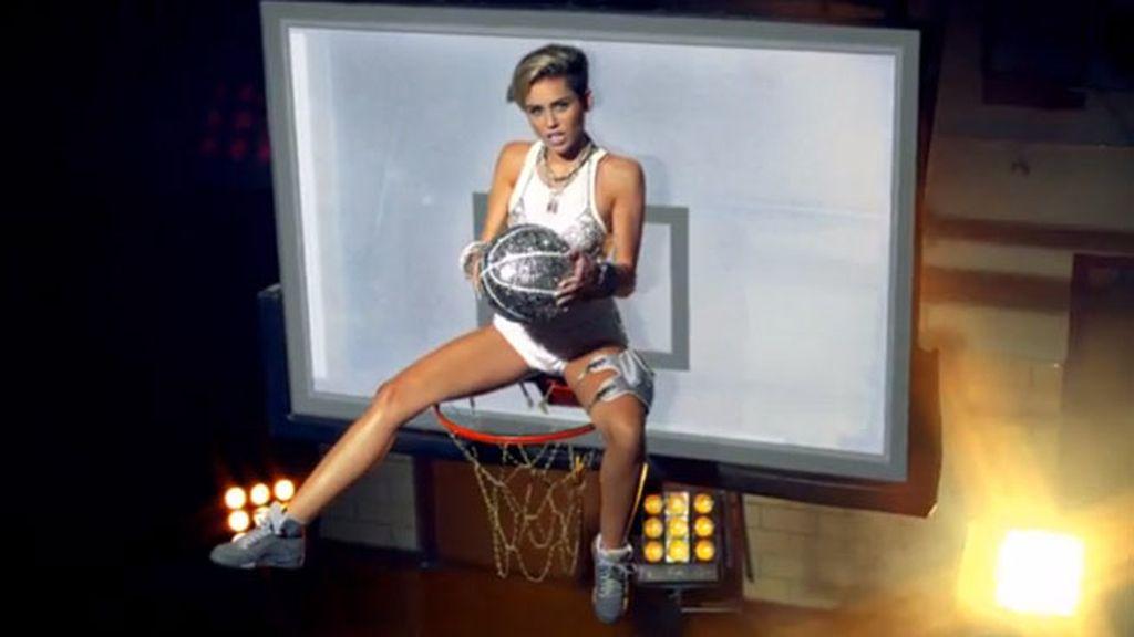 Nuevo vídeo de Miley Cyrus 23