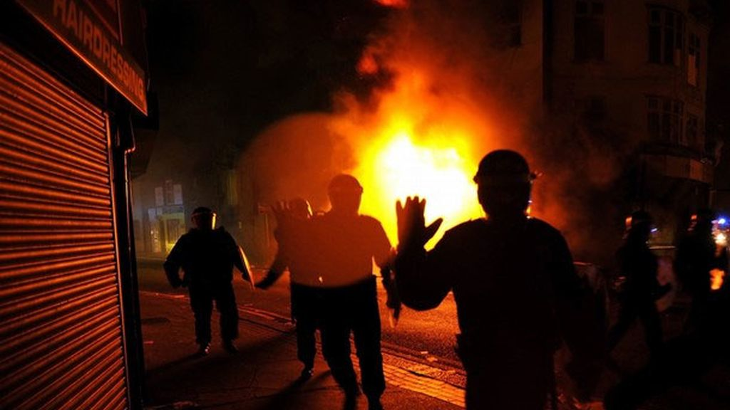 Disturbios en Reino Unido
