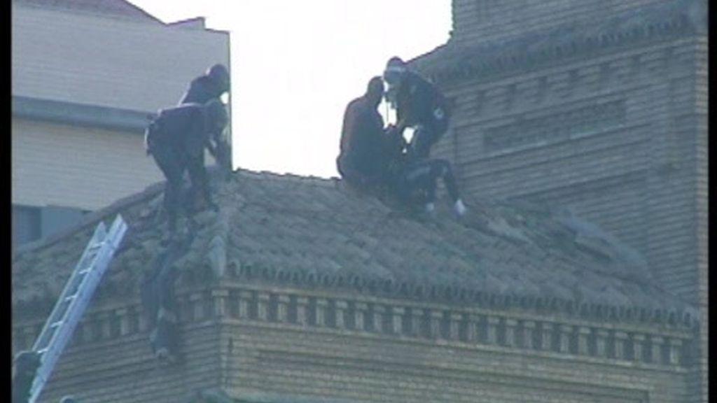 Violento desalojo de 'okupas' en una antigua cárcel de Zaragoza