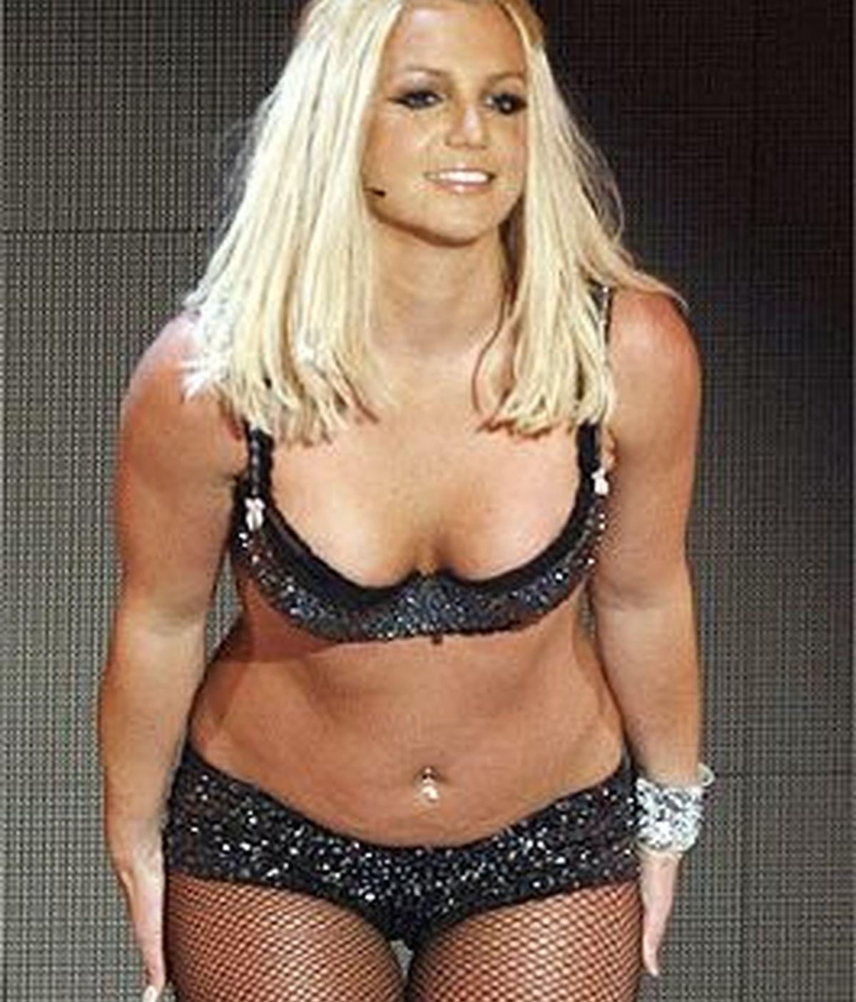 Britney Spears gastó más de cinco millones de euros en apenas un año, por lo que su padre lleva el caso ante la Corte Suprema de Los Angeles y le quita las cartas de crédito. Foto archivo