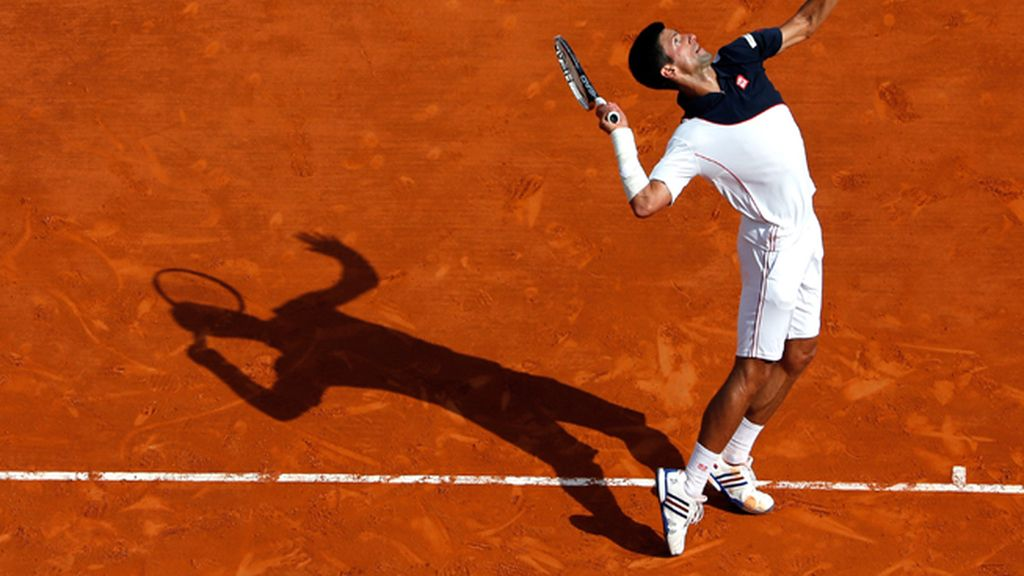 Djokovic fuera de las pistas durante un tiempo por una lesión en su muñeca