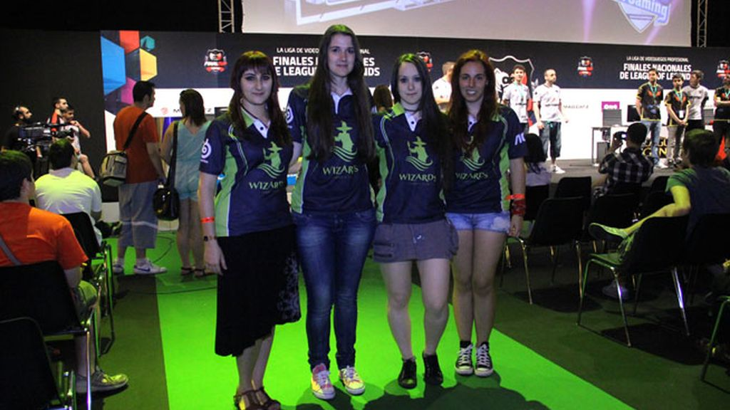 El equipo femenino de Wizards Club