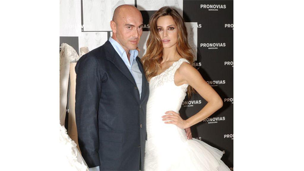 Manuel Mota, diseñador de novias y celebrities