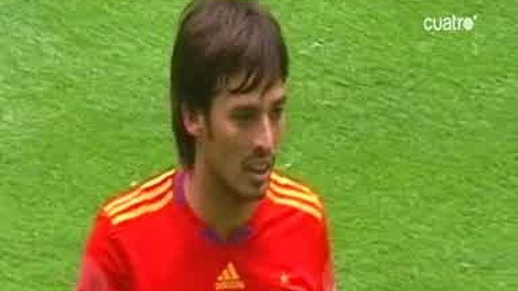 España estrenó su estrella con un empate