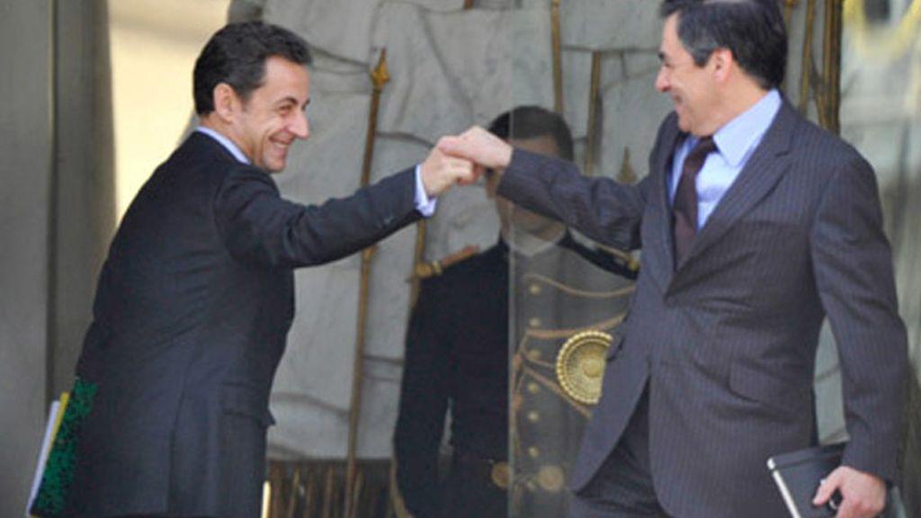 Sarkozy anuncia la dimisión del primer ministro François Fillon