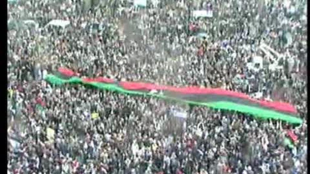 Gadafi, sitiado