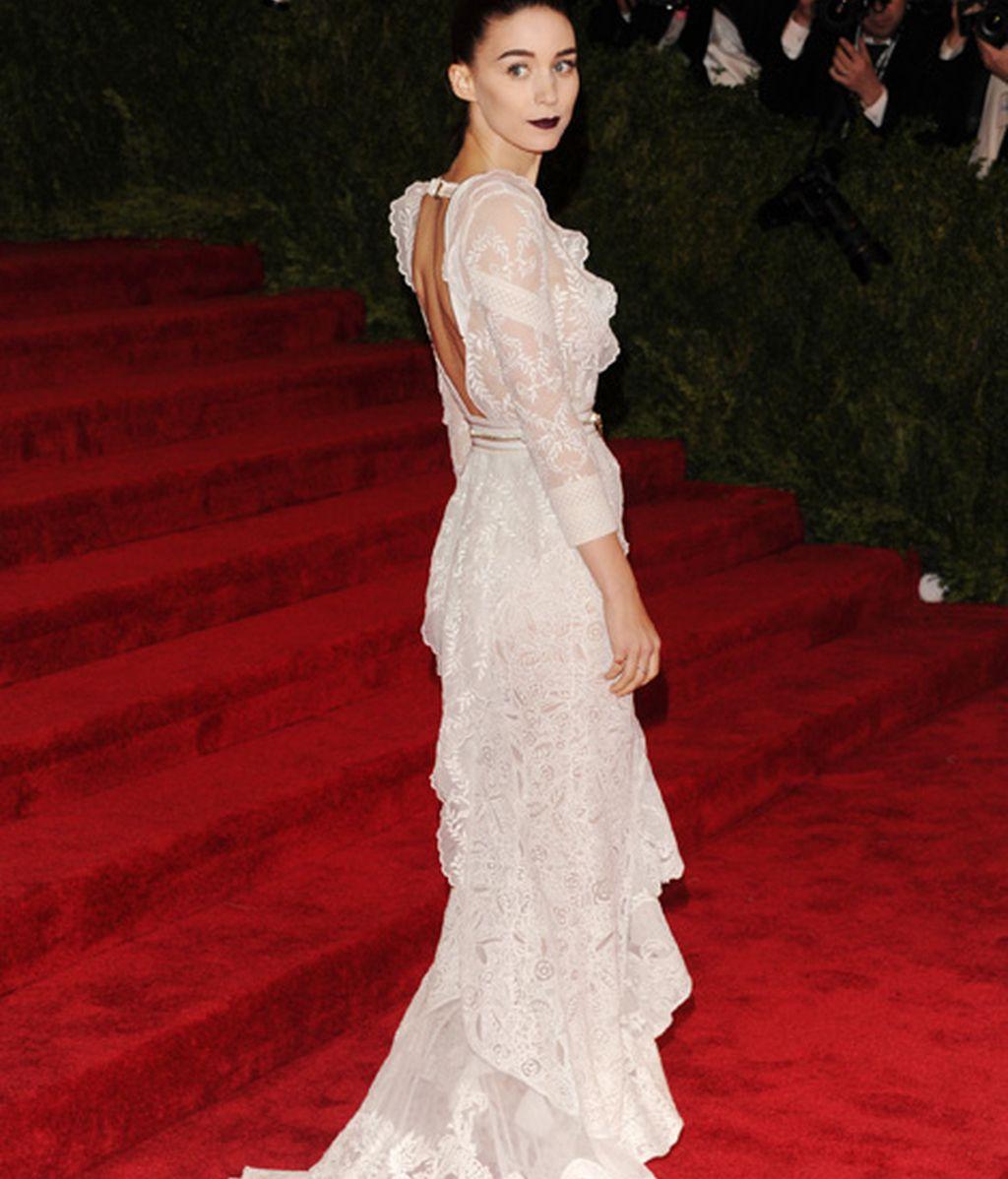 Rooney Mara de Givenchy por Ricardo Tisci