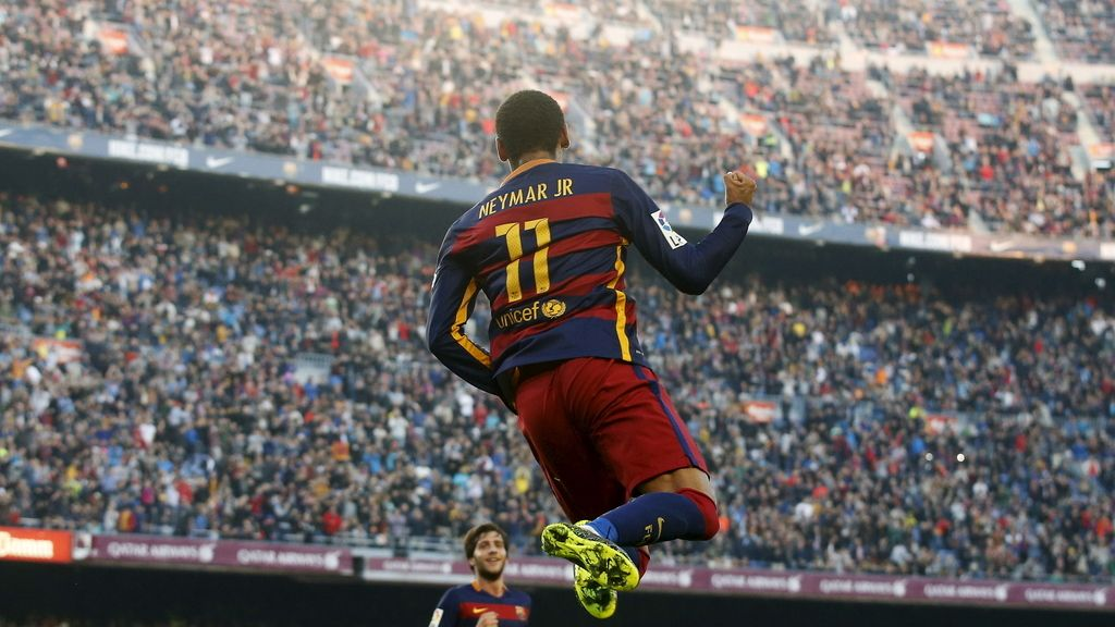 Neymar celebra su segundo gol ante el Villarreal