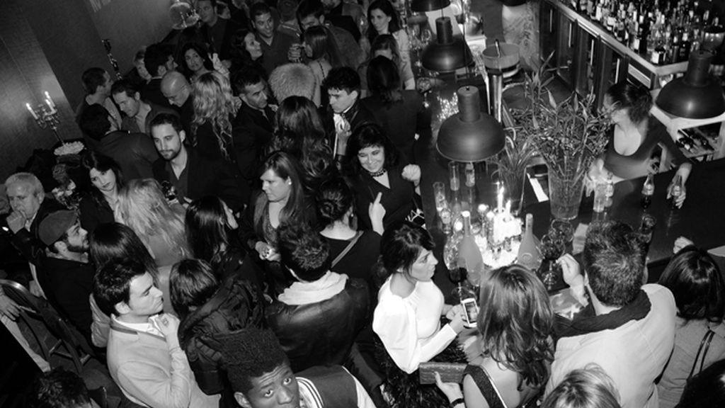 Las popstars españolas celebran el nacimiento de HappyFM
