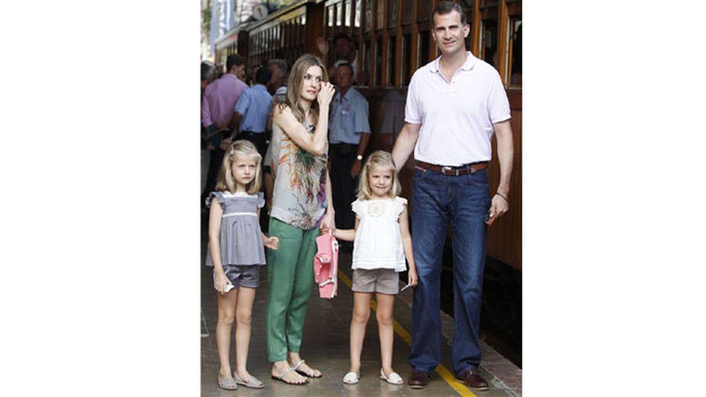 Los príncipes de Asturias y las infantas, de excursión en Mallorca