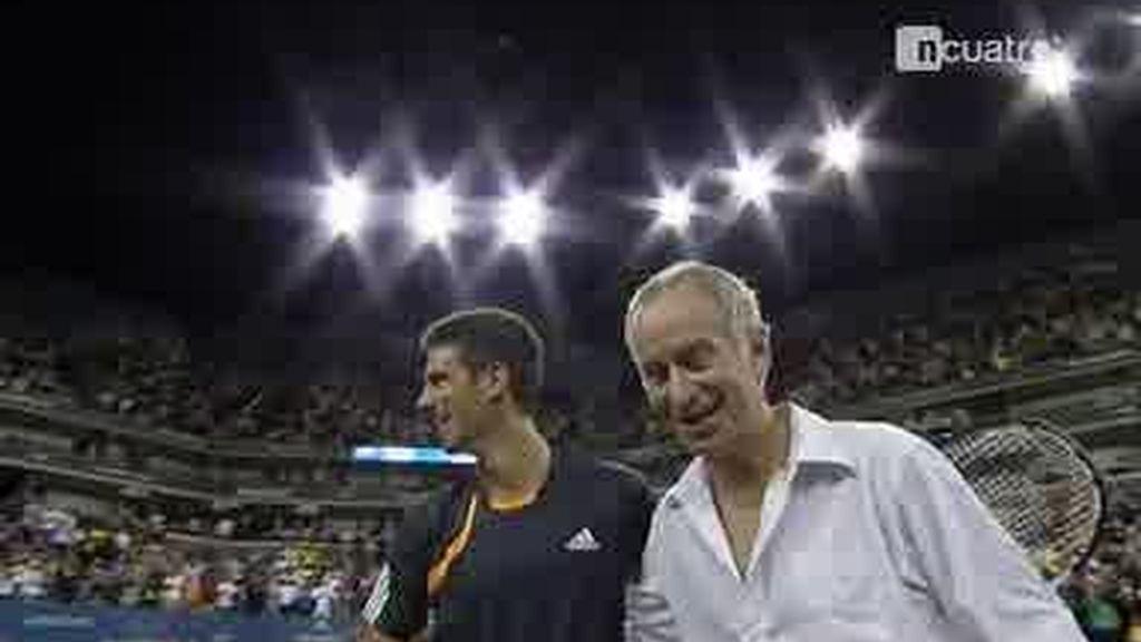 Djokovic y McEnroe se vacilan mutuamente